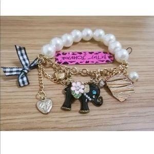 Jewelry - Pearl Bow Heart Crown Elephant Chain Bracelet